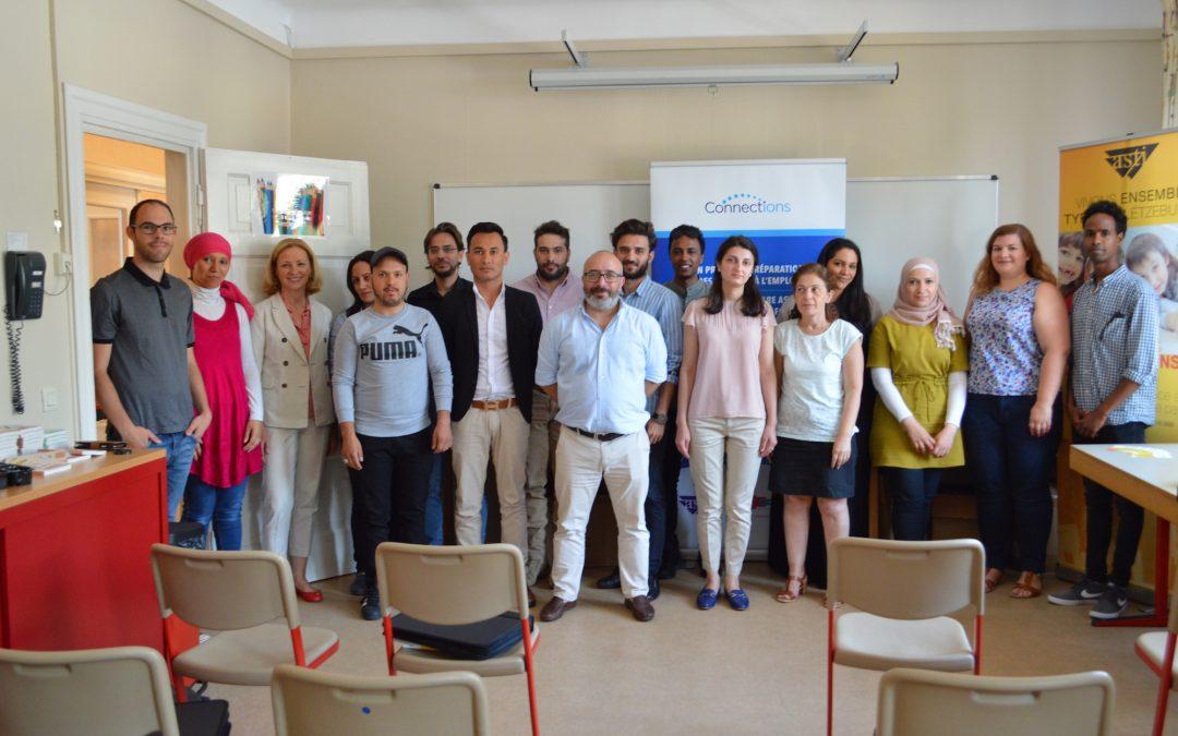 Remise de certificats aux participants du 5ème groupe de réfugiés du projet « Connections »