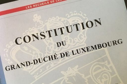Révision Constitution: avis de l'ASTI