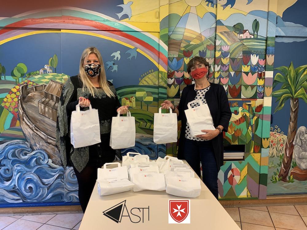Kits hygièniques offerts par l'Ordre de Malte à l'ASTI